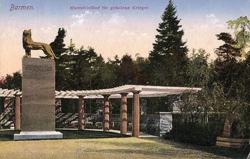 Barmen-Ehrenfriedhof-fuer-gefallene-Krieger
