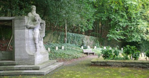 ehrenfriedhof-elberfeld-s1
