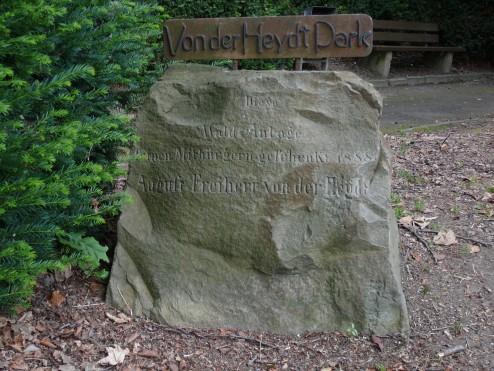 wikimedia-Wuppertal_Jägerhofstr_0009